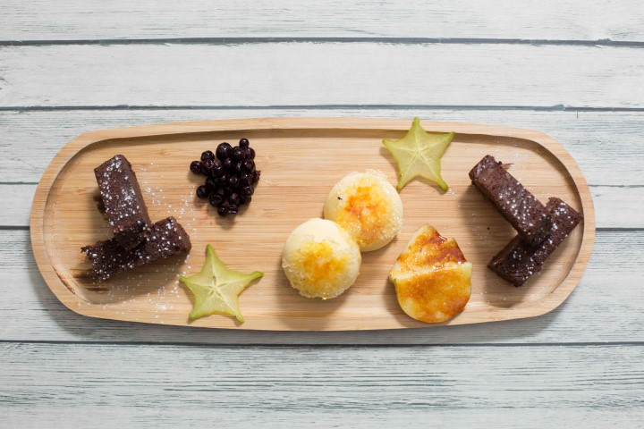 פלטת קינוחים – עוגת שוקולד וקרם ברולה